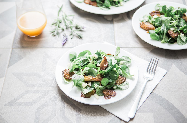 Super Healthy Spinach Salad